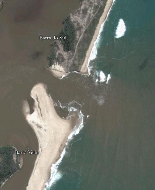 A barra que deu nome ao município de Barra Velha - SC - Imagem: Google Earth