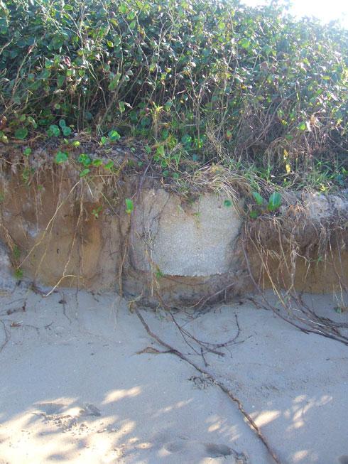 Ressaca na Praia Brava Itajaí - Esse ´tá esperando a vez dele